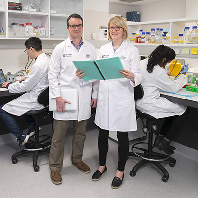 Dr Craig Harrison and Dr Kelly Walton from the Monash Biomedicine Discovery Institute