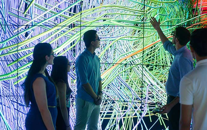 Group examine patterns in virtual reality room