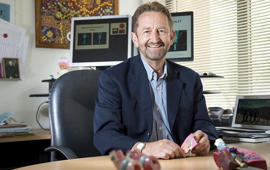 Professor Phil Bardon's work shows high-dose steroids don't prevent asthma flare-ups