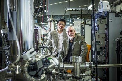 (L-R) Professor Dan Li and Professor Michael Fuhrer