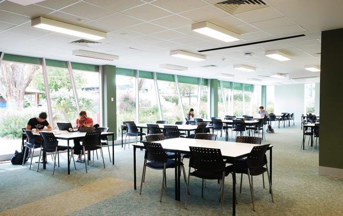 Monash Peninsula Library