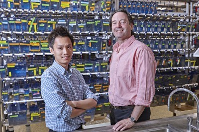 Professor Peter Currie and Phong Nguyen.